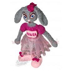Háčkovaná slečna zajačica so sukničkou